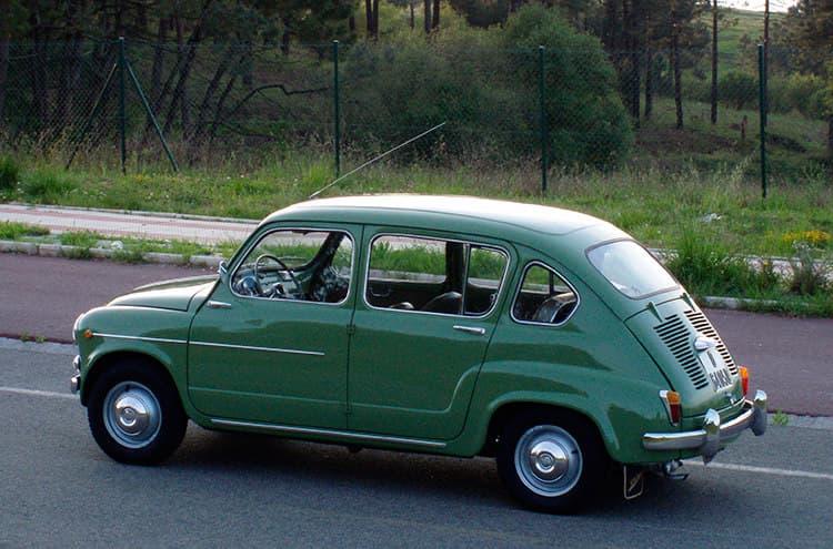 """Cotxe """"Cuéntame"""", Seat 800 1969"""