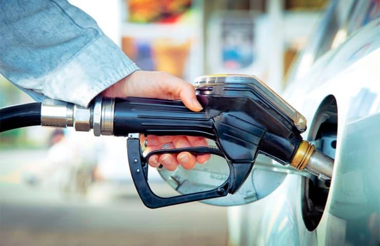 estalvi combustible cotxe motor