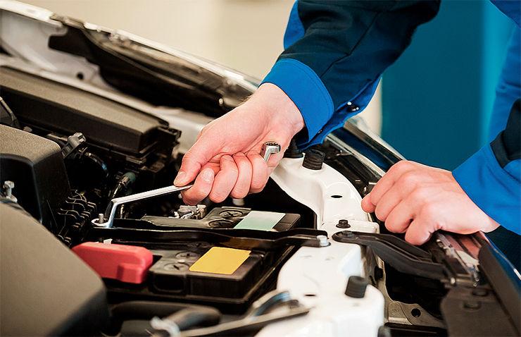 homa desconecta bateria cotxe