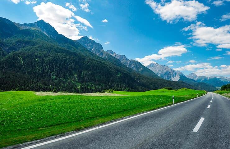 carretera estiu muntanya pneumàtics
